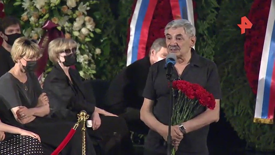 Панкратов-Черный на прощании с Меньшовым: Он прекрасный друг