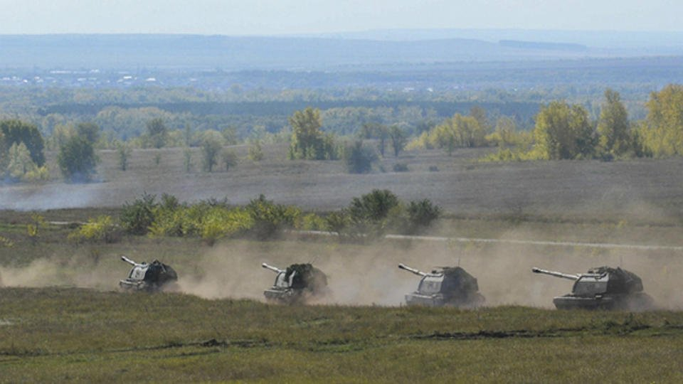Новая бронетехника РФ примет участие в учениях у границы Афганистана