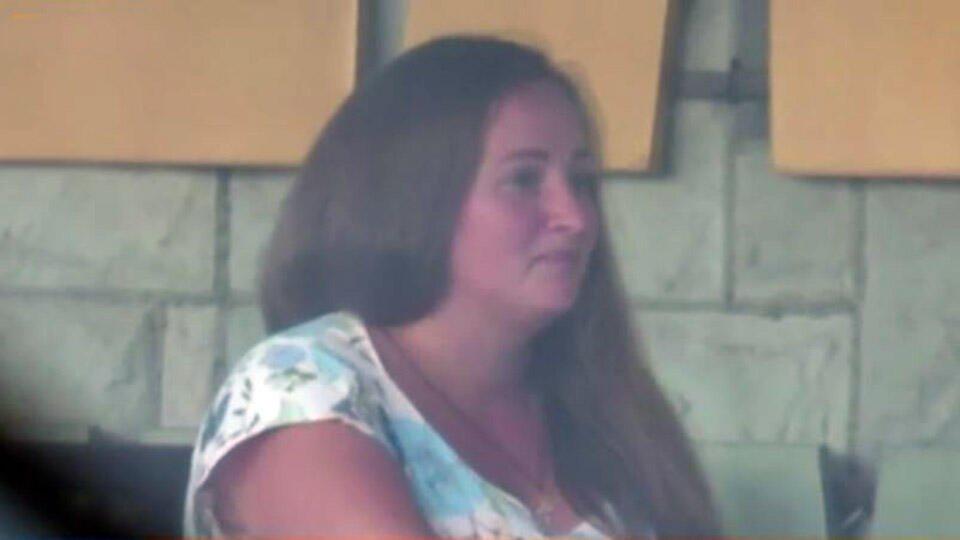 Суррогатная мать из дела о торговле детьми скрывается на Украине