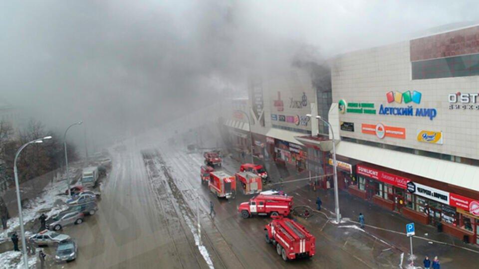 """Потерявший трех дочерей в """"Зимней вишне"""" рассказал об ошибке пожарных"""
