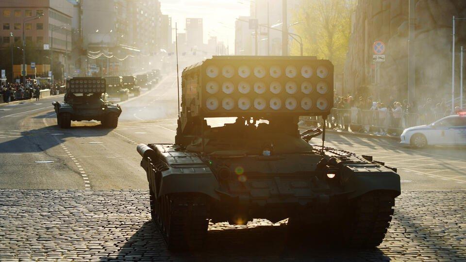 В Москве готовятся к первой ночной репетиции парада Победы