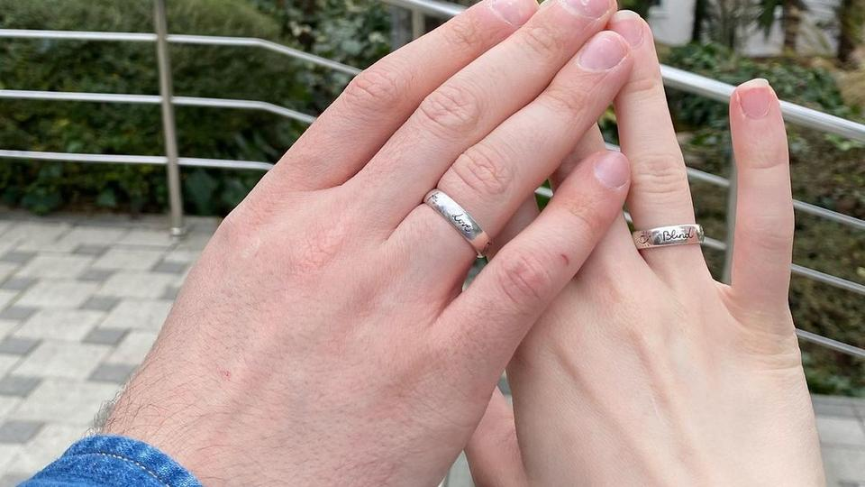 Певица Монеточка после свадьбы усомнилась в верности своего решения