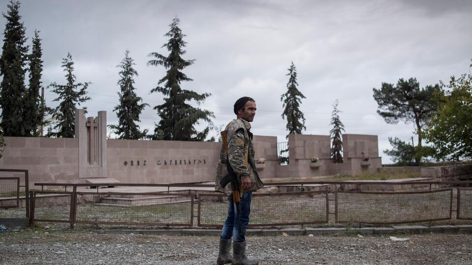 Единственный путь: МИД Армении выступил за мирное урегулирование в НКР