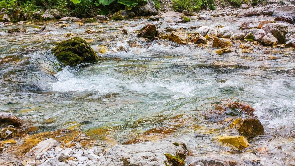 В Дагестане мать утопила дочь в реке, не желая воспитывать ее