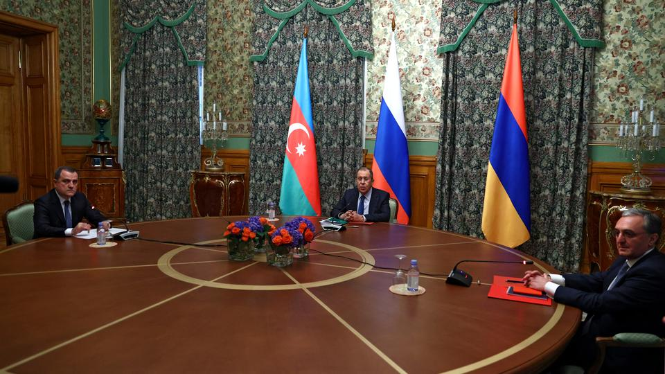 Глава МИД Армении отметил роль РФ в разрядке ситуации в Карабахе
