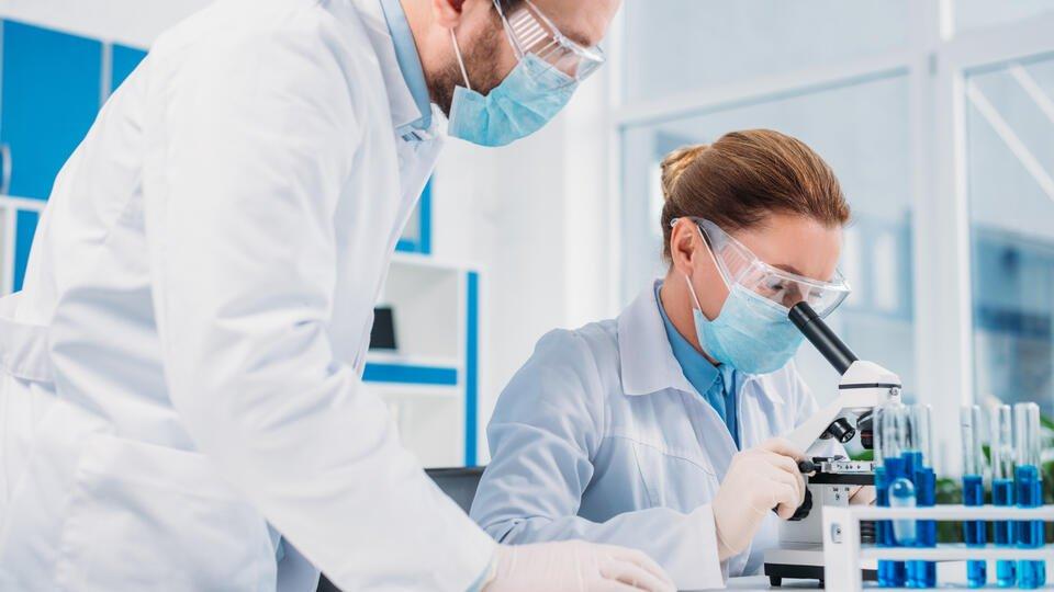 Ученые назвали три новых симптома коронавируса