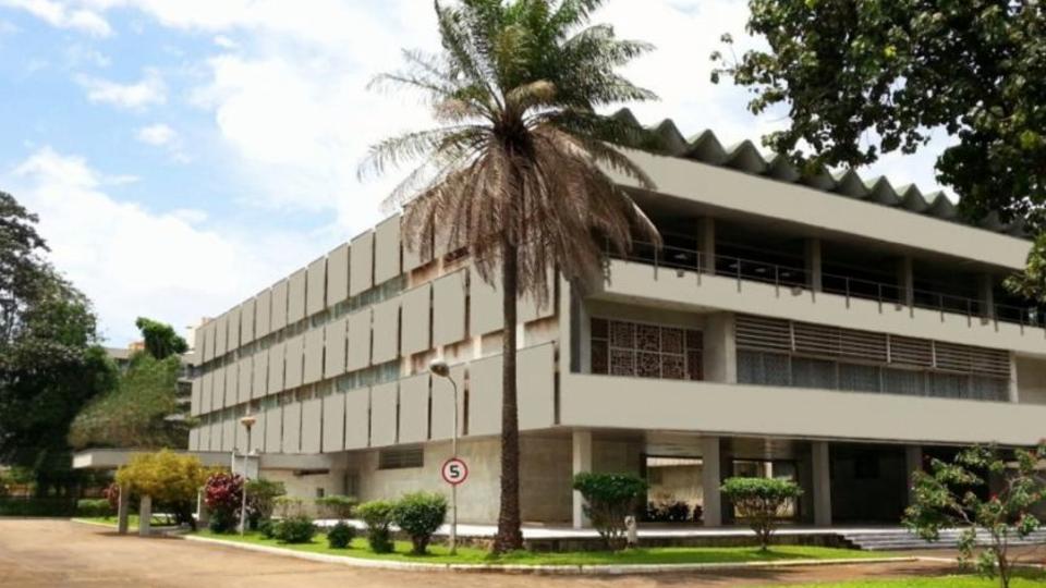 Посольство призвало проживающих в Гвинее россиян не покидать дома