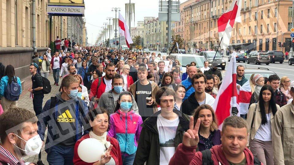 Белорусская оппозиция призвала власти страны к диалогу