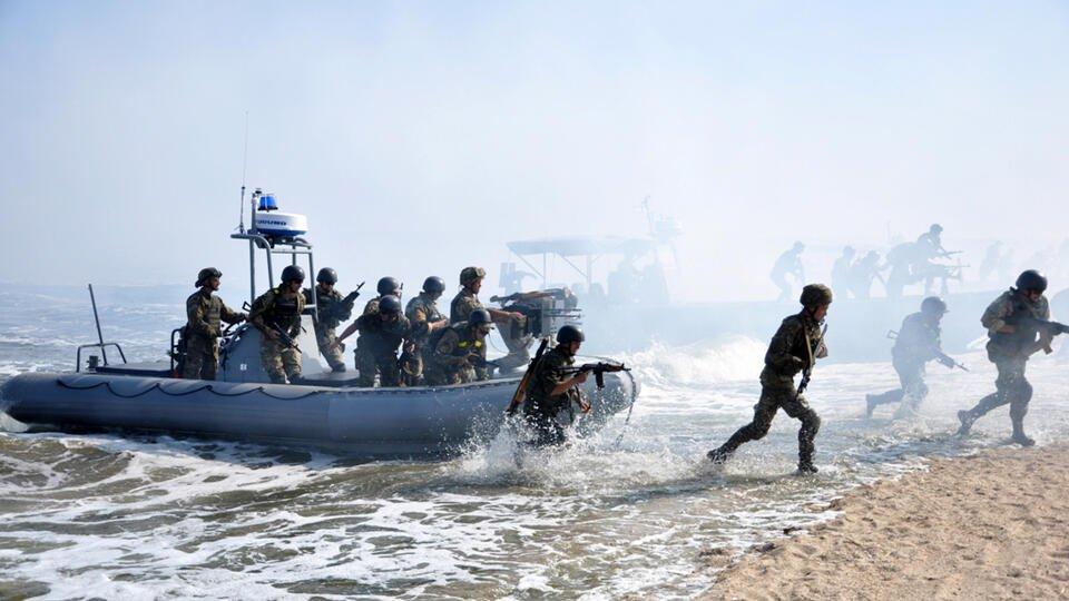 Морпехи Украины провели учения в Черном море