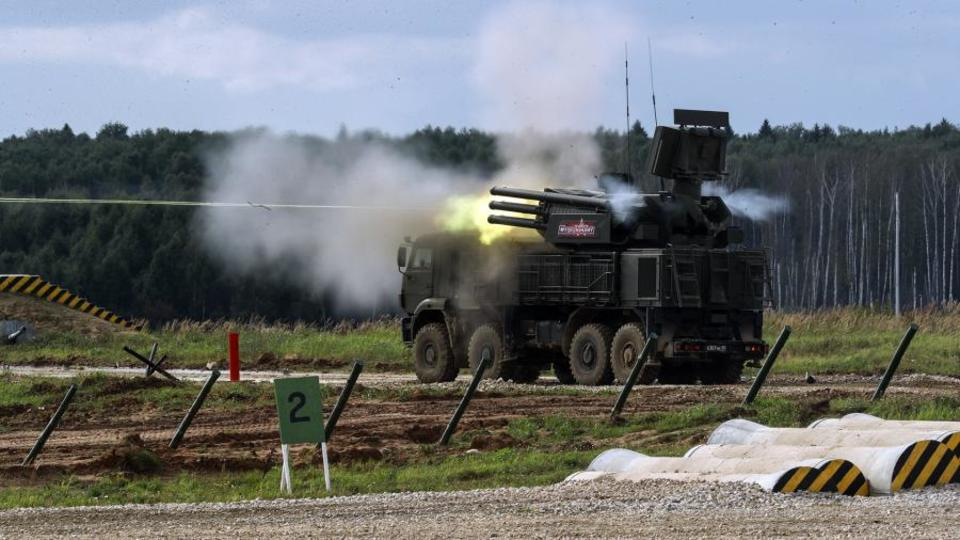 """Новый зенитный комплекс """"Панцирь-С"""" будет отражать атаки без оператора"""