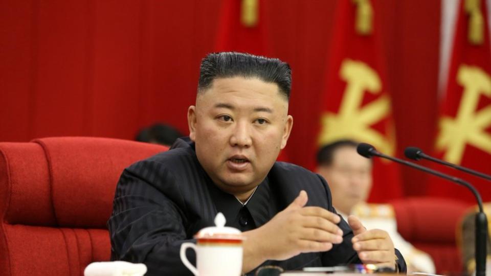 Ким Чен Ын понаблюдал за выступлением северокорейского спецназа