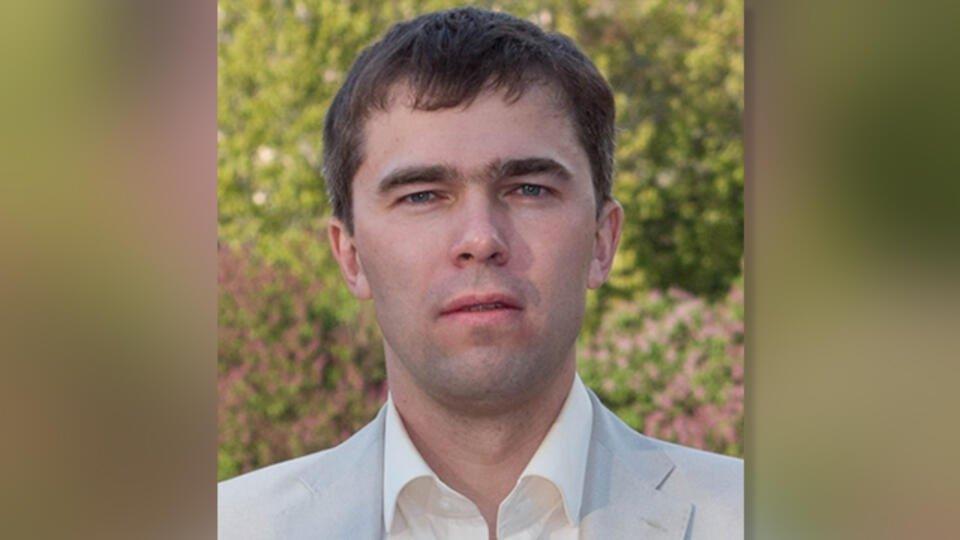 В Москве депутат от КПРФ обвинил соседа в избиении