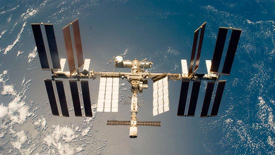 Высоту орбиты МКС подняли с помощью корабля «Прогресс МС-13»