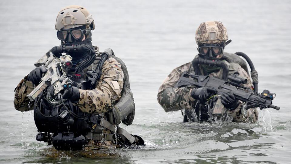 BI: Морские котики отрабатывали прорыв обороны России в Крыму