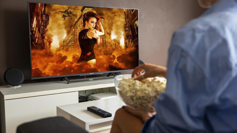 Психотерапевт рассказал, какие фильмы помогут справиться с депрессией