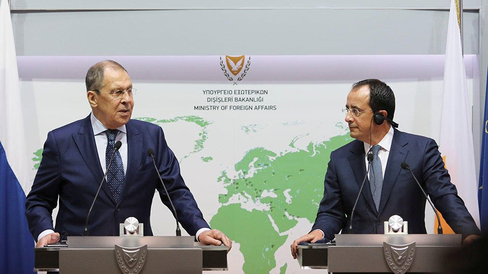 РФ и Кипр подписали документ об избежании двойного налогооблажения