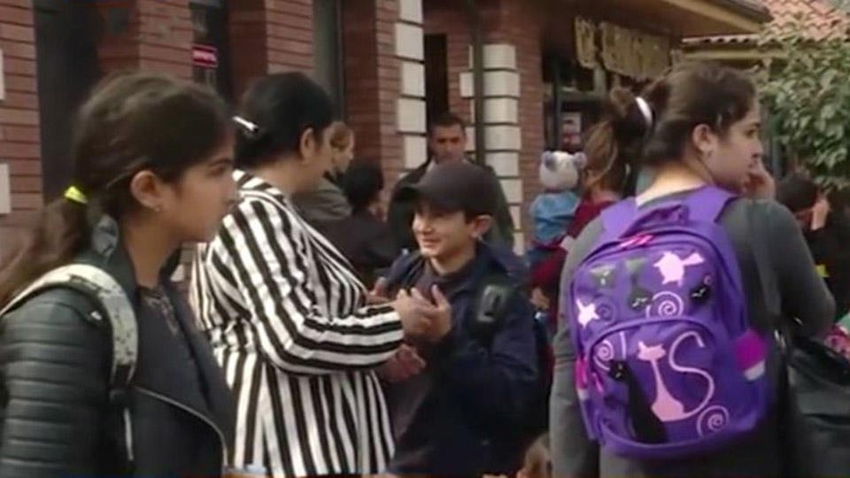 Женщин и детей увозят из Степанакерта из-за опасности