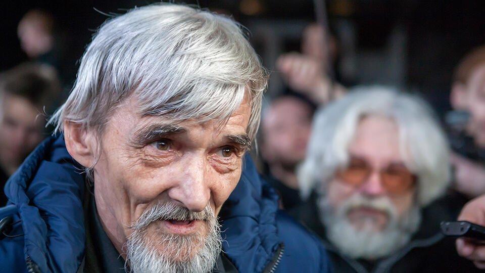 Суд изменил срок наказания историку Дмитриеву с 3,5 до 13 лет