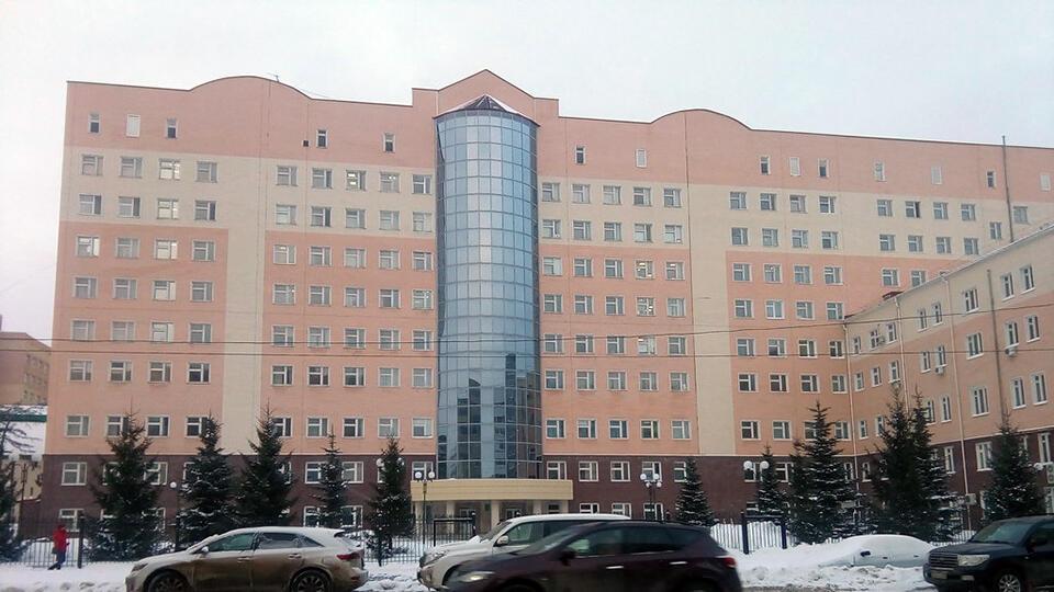 Больницу в Уфе закрыли на карантин из-за подозрений на COVID у врачей