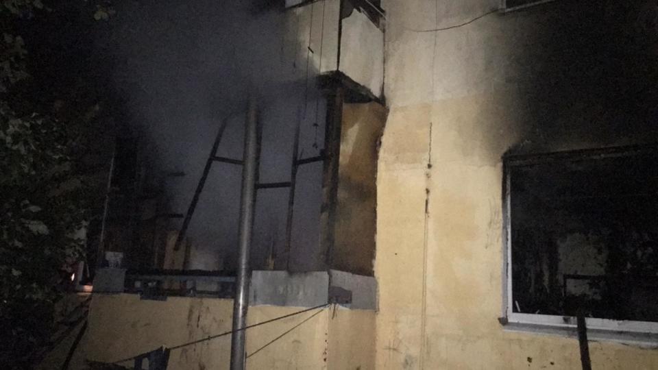 Соседка о пожаре под Самарой: Детей спасали очевидцы, мать была пьяна