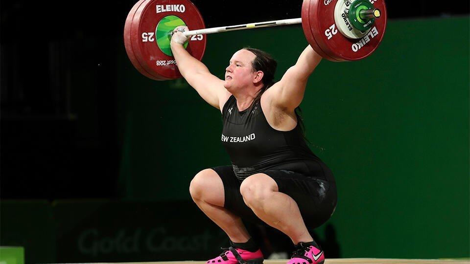 Допуск трансгендера к Олимпиаде озадачил Федерацию тяжелой атлетики РФ