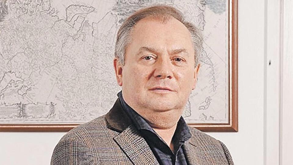 """Основателя """"СПИД-Инфо"""" обвинили в аферах на 400 млн рублей"""