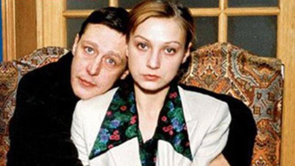 Уберечь от беды: дочь Ефремова решила оформить опеку над своей матерью
