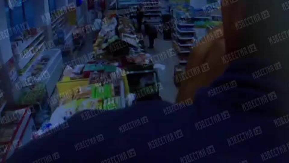 """Камеры сняли санобработку в """"Магните"""" перед """"арбузным отравлением"""""""