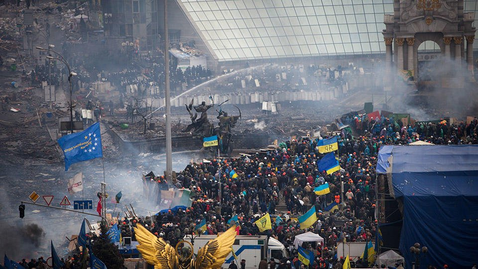 """От """"цветной революции"""" до завоза мигрантов на Украину"""
