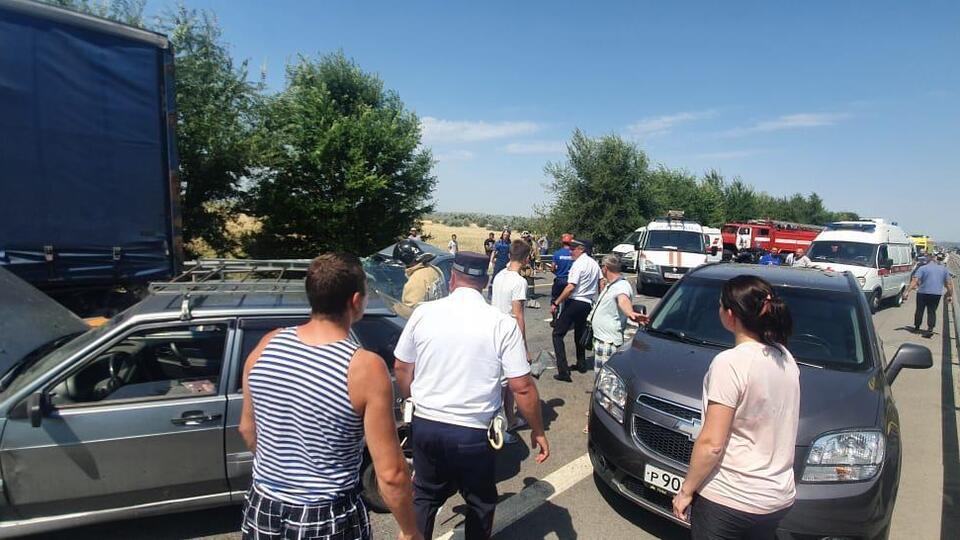 Названа причина массового ДТП с погибшими на трассе под Ростовом