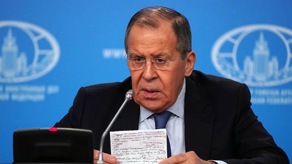 Лавров призвал к немедленному прекращению огня в Нагорном Карабахе