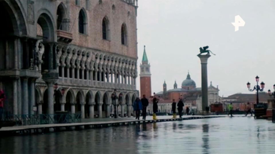 Венеция снова оказалась под водой