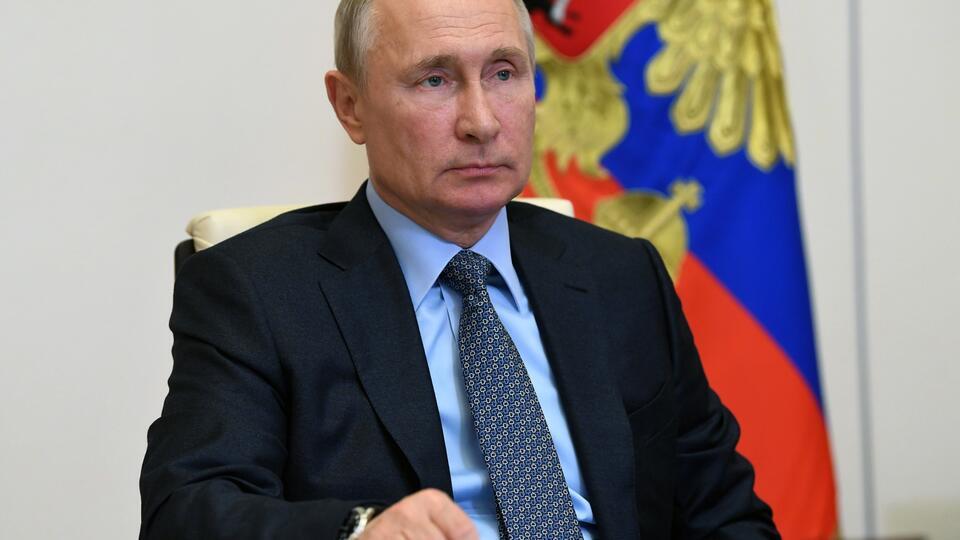 Путин предложил выделить еще 100 млрд на льготные кредиты бизнесу