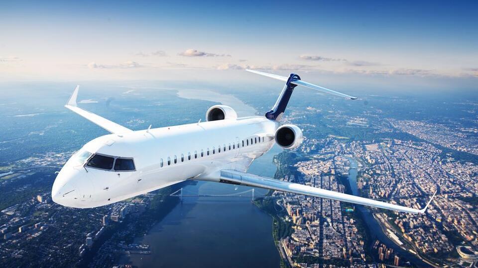 Самый популярный авиамаршрут в мире удивил исследователей