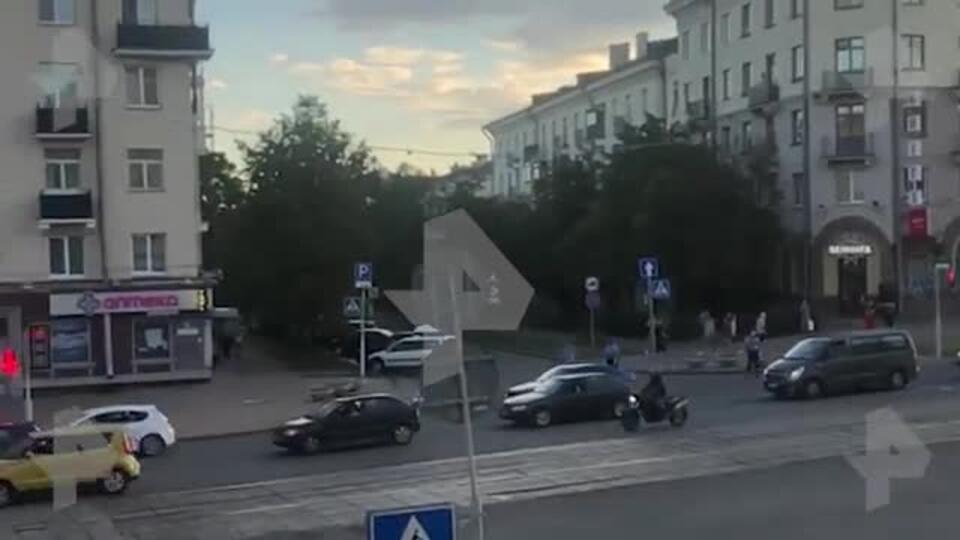 Автомобилисты сигналят в знак протеста в центре Минска