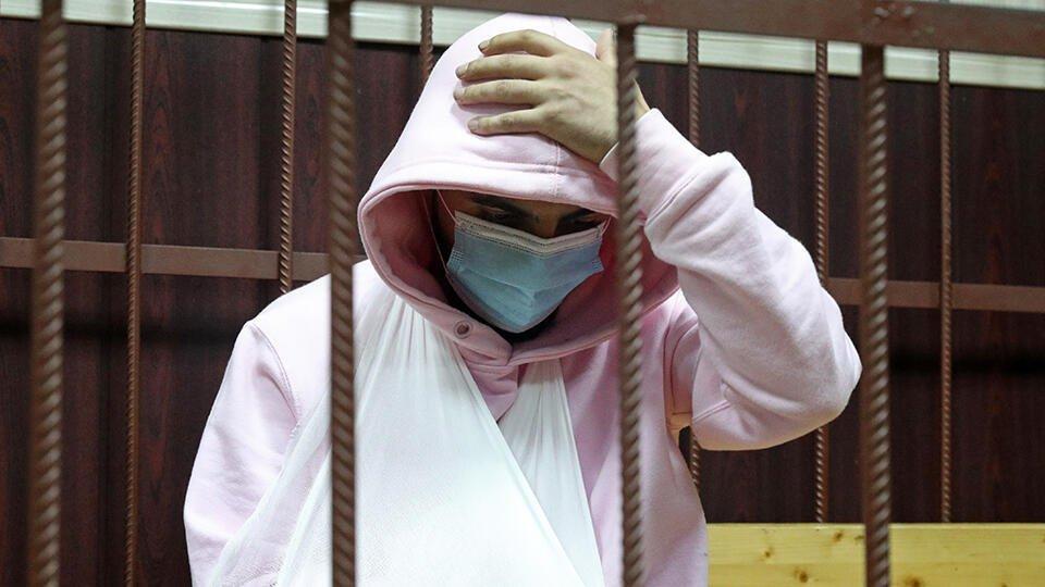 Суд не удовлетворил жалобу рэпера Эллея на арест из-за ДТП