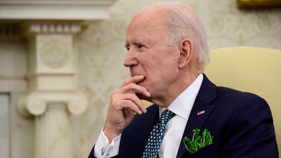 Байден во время встречи в Белом доме забыл, к кому обращается