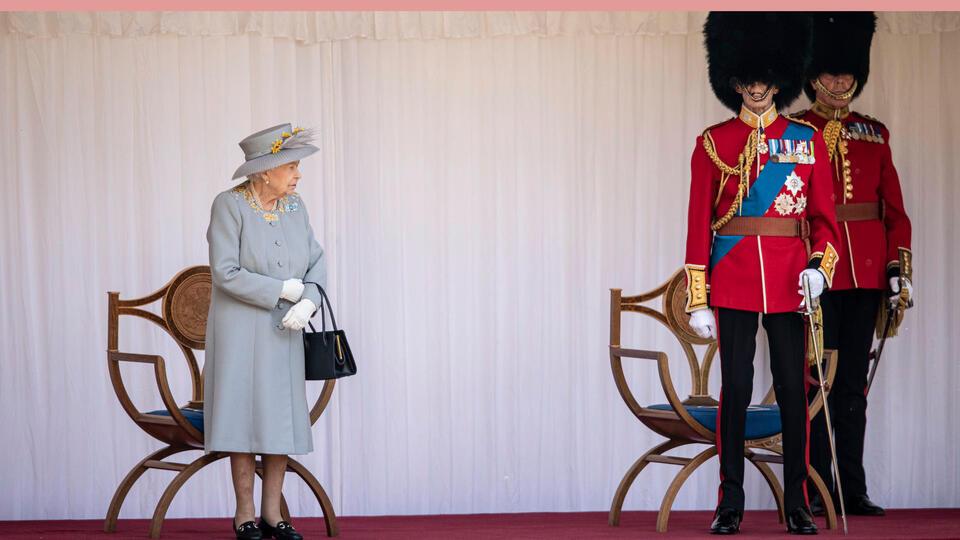Эксперты подсчитали богатство Елизаветы II