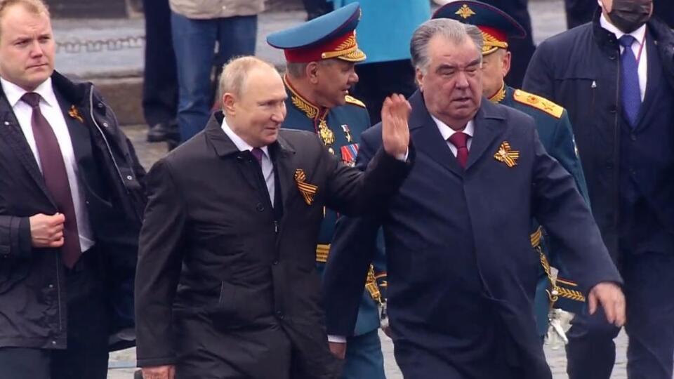 """Путин оценил парад Победы в Москве на """"отлично"""""""