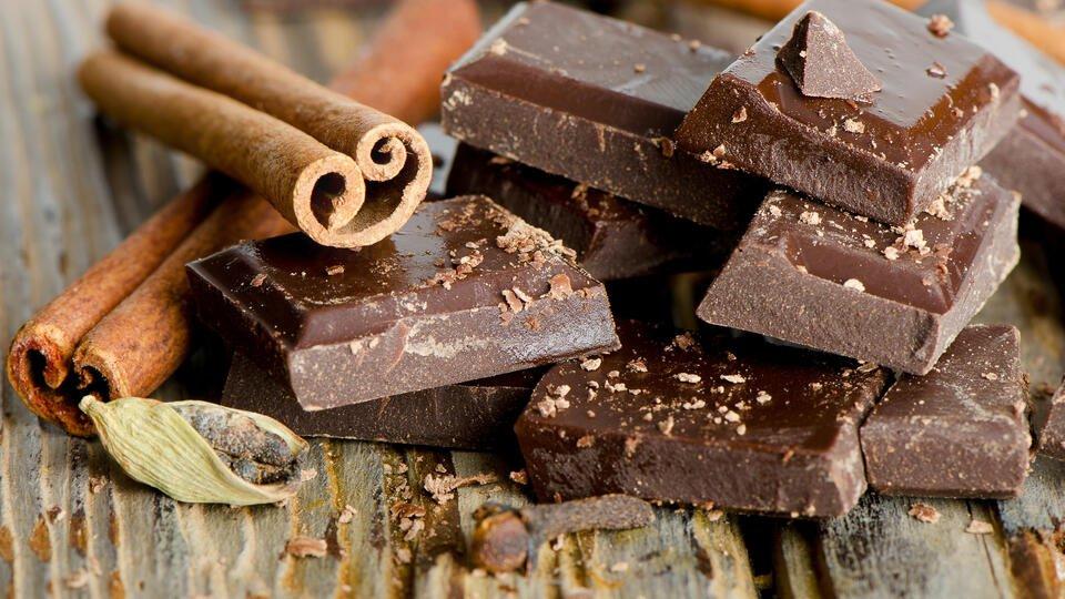 Ученые назвали самый вкусный и полезный шоколад
