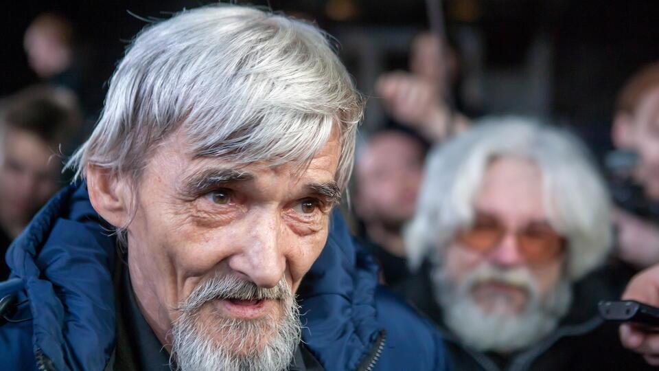 """Суд оставил под арестом главу карельского """"Мемориала"""" Юрия Дмитриева"""