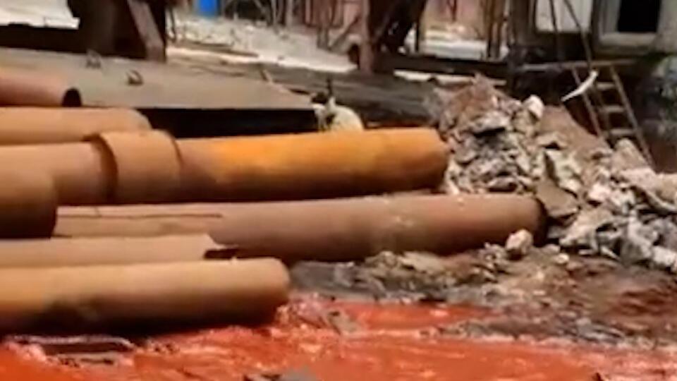 """""""Норникель"""" объяснил окрас воды после разлива на Надеждинском заводе"""