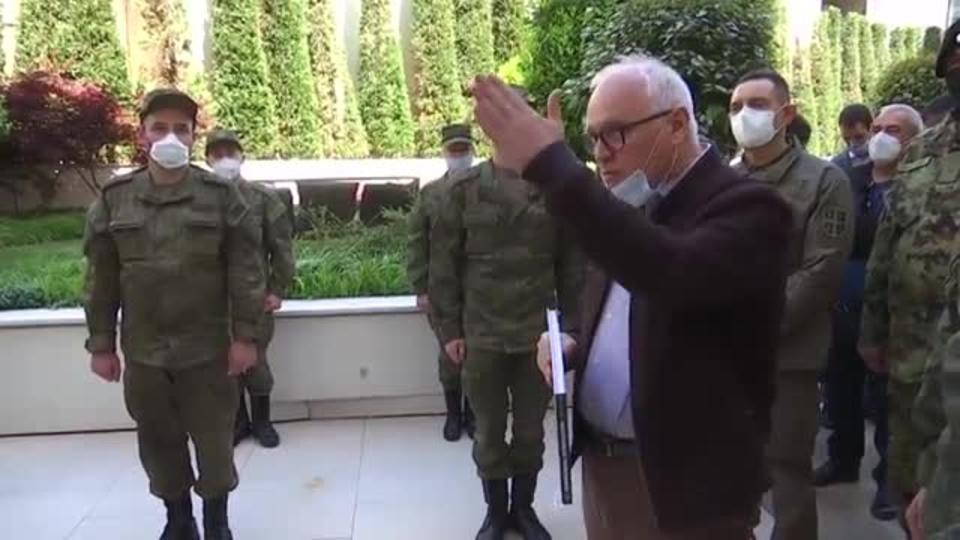 «Вы помогли больше, чем мы могли ожидать»: министр обороны Сербии обратился к военным РФ