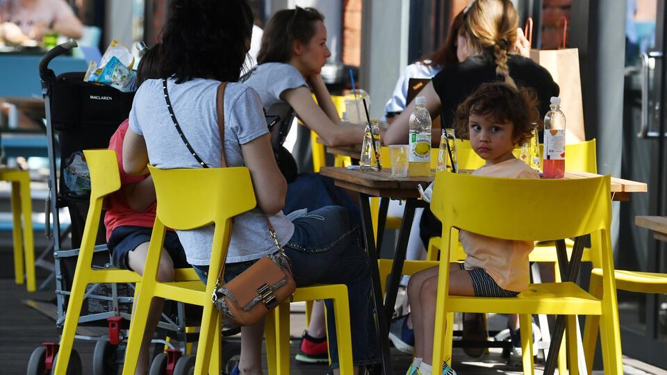 Власти Москвы заявили, что ресторанный бизнес заработал на 65%