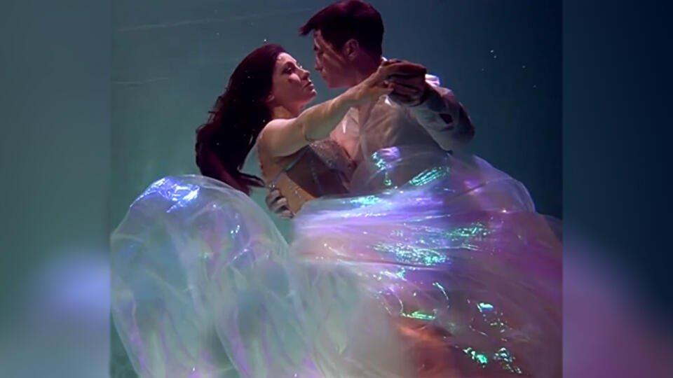 Свадьба Русалочки: актриса Макеева показала, как вышла замуж под водой