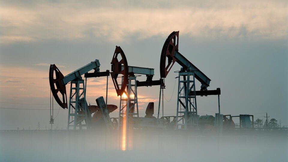 WSJ: все страны ОПЕК+ согласились со снижением нефтедобычи