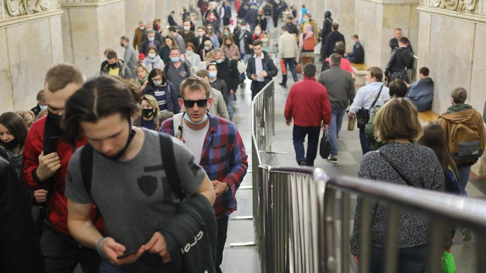 Власти рассказали, как будет работать метро во время парада в Москве