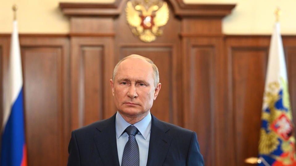 Путин напомнил россиянам о риске при зарубежных поездках