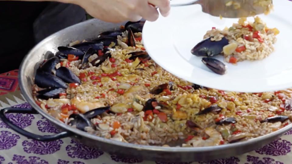 Испанская паэлья: готовим дома ресторанный шедевр