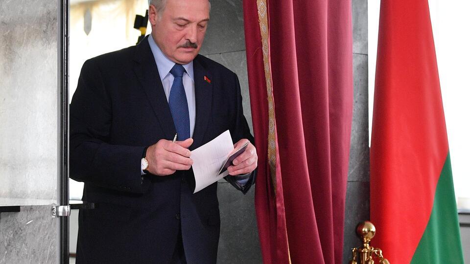 Лукашенко отверг повторные выборы: Белоруссия погибнет как государство